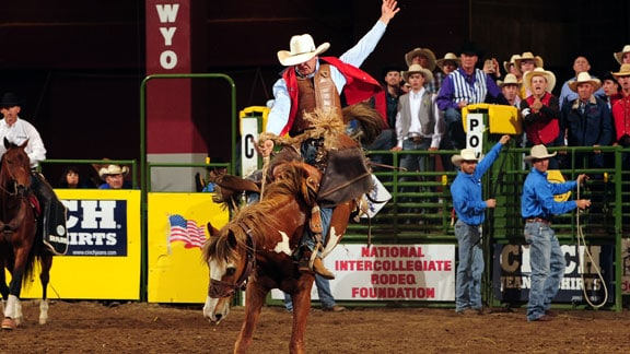 During the Friday night performance at the College National Finals, Elliott rode his horse for a score 75.5 which was good enough to tie for second in the round and take the average lead. Photo courtesy Dan Hubbell